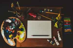 assorted color artwork equipment set