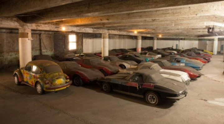 Peter Max Vettes in parking garage